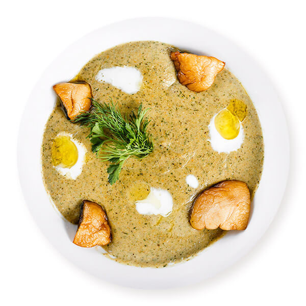 Puree soup with turkey pieces